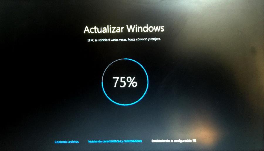 Fase 2 Instalando características y controladores actualización de windows 10